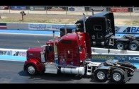 Truck Fest 2013: Smokey grandes installations Burnouts & Drag Racing Revealed