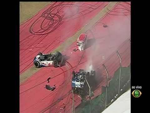 Incredible accident in Formula Truck 2010