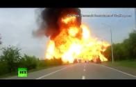 Explosion d'un camion spectaculaire
